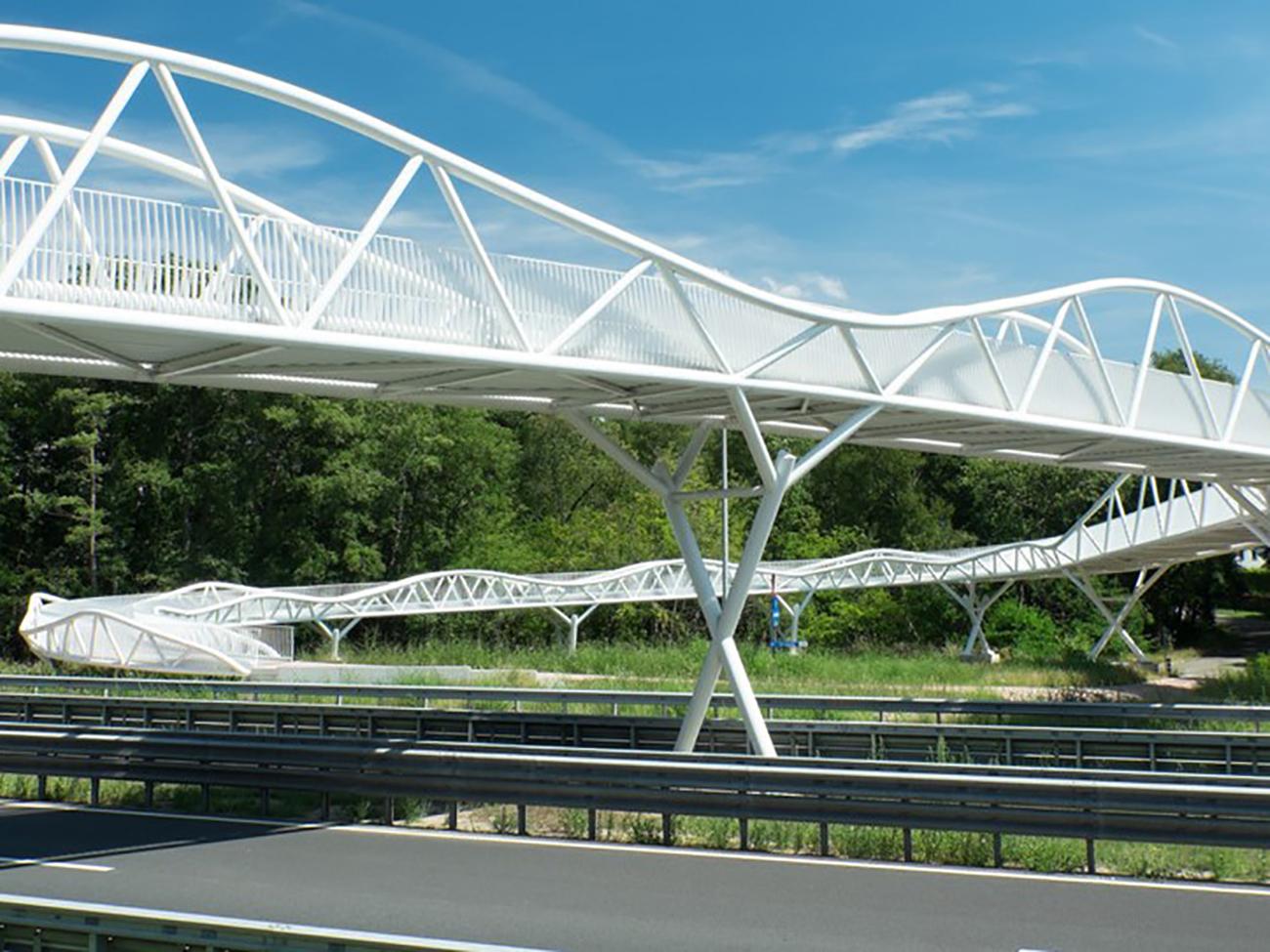Fietsersbrug Genk01_1300x975